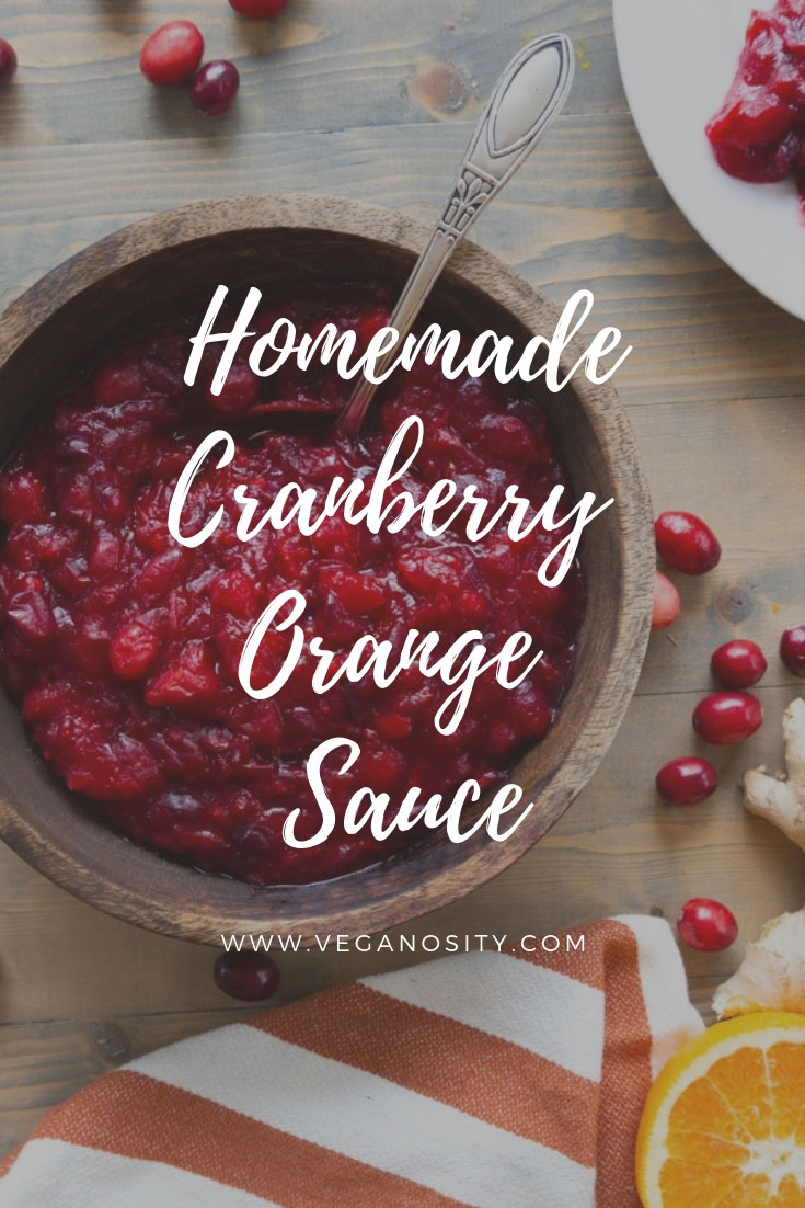 5 Ingredient Cranberry Orange Sauce! Make it in under 30 minutes! A family favorite! @vegan #cranberry #holiday