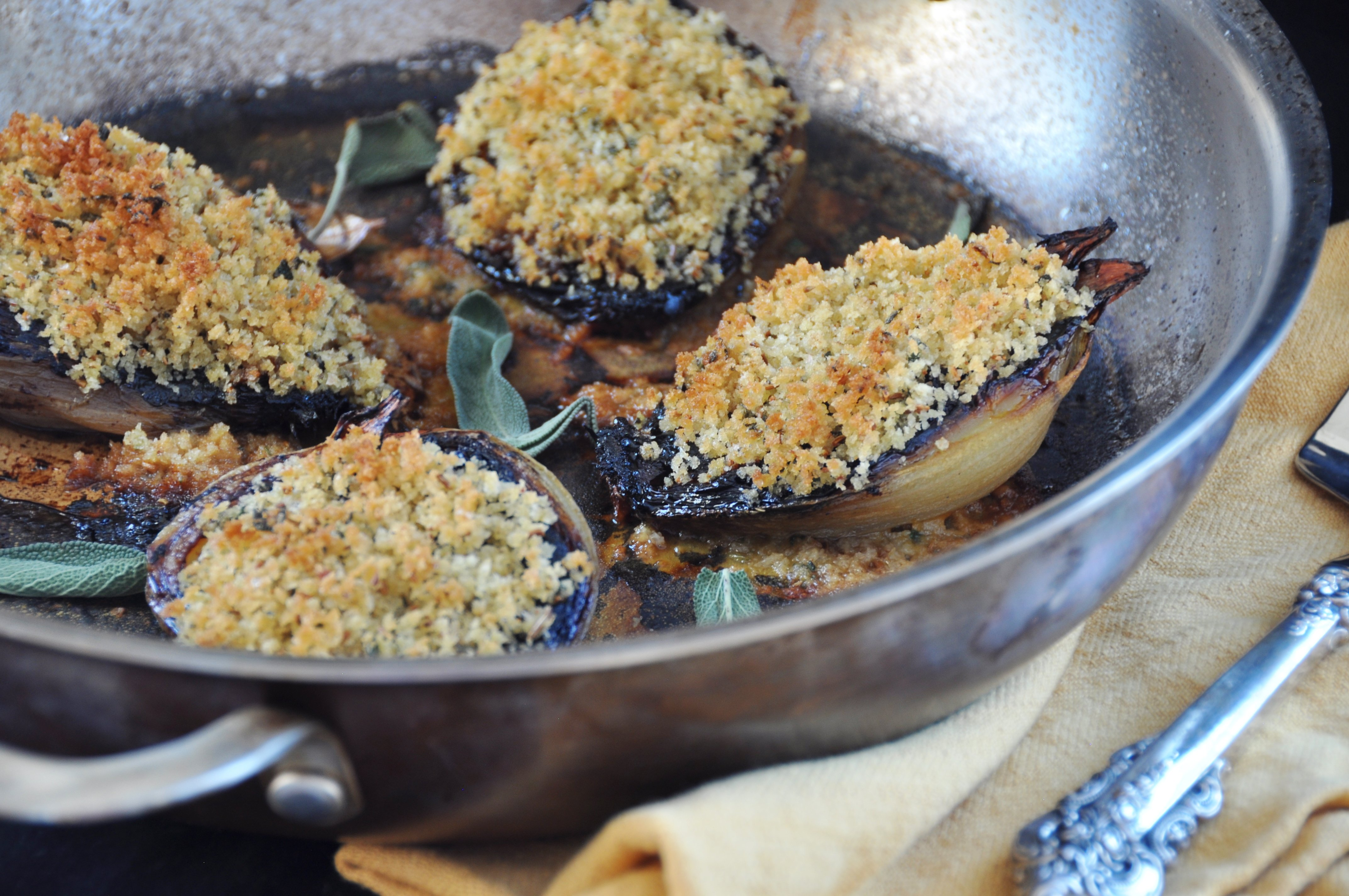Roasted Sweet Onions With Herbed Bread Crumbs Recipe — Dishmaps