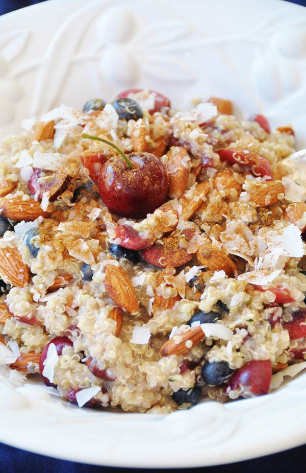 Cherry Berry Quinoa Breakfast Bowl - Veganosity