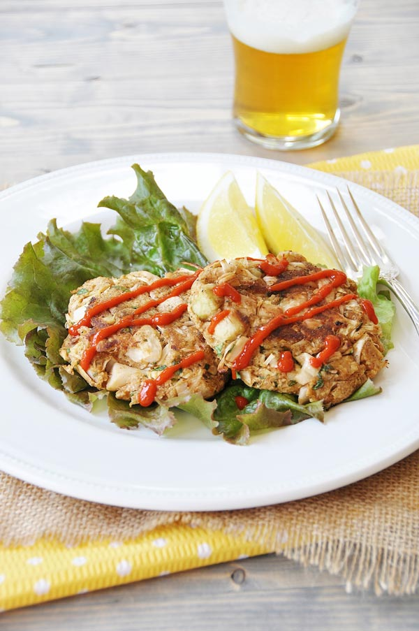 "Vegan Jackfruit ""Crab"" Cakes! So close to the real thing that my non-vegan son devoured them and asked for more. www.veganosity.com"