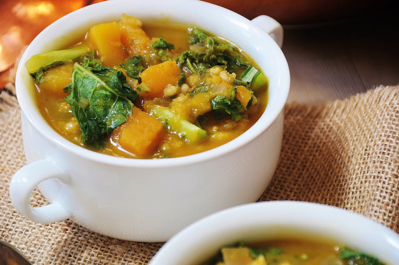 Acorn Squash, Kale, and Barley Soup (Vegan) - Veganosity