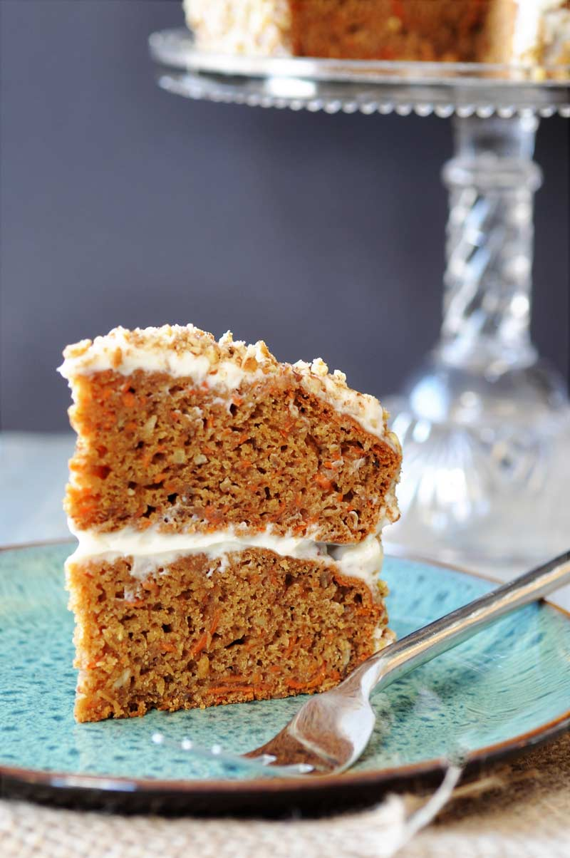Vegan Hazelnut Carrot Cake! This delicious carrot cake recipe is made with Silk Almond Creamer, applesauce, cashews, pecans, and of course carrots. Have your delicious cake and eat it too! #SilkSipToSpoon #ad www.veganosity.com