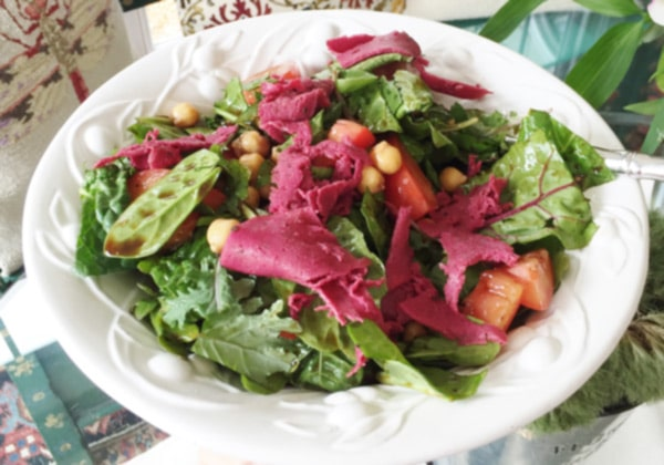 Salad-with-chicago-diner-corned-beef