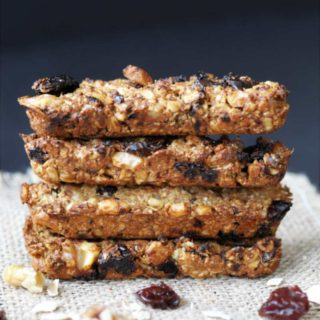 Chewy Cherry-Walnut Oatmeal Energy Bars