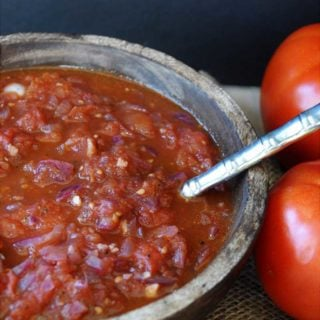 How to Make Roasted Tomato Spaghetti Sauce