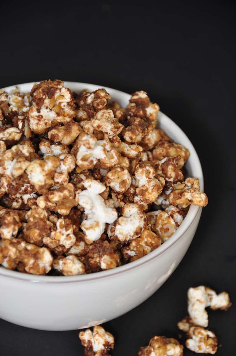 Peanut Butter And Chocolate Popcorn Veganosity