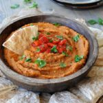 6 Ingredient 5 Minute Roasted Red Pepper Hummus
