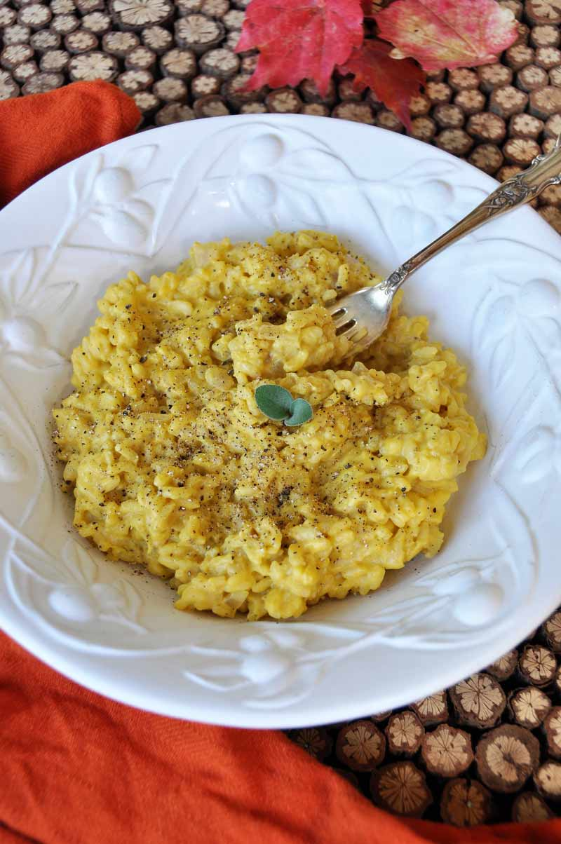 Vegan pumpkin sage risotto veganosity creamy pumpkin sage cream sauce in chewy risotto the ultimate comfort food recipe www forumfinder Choice Image