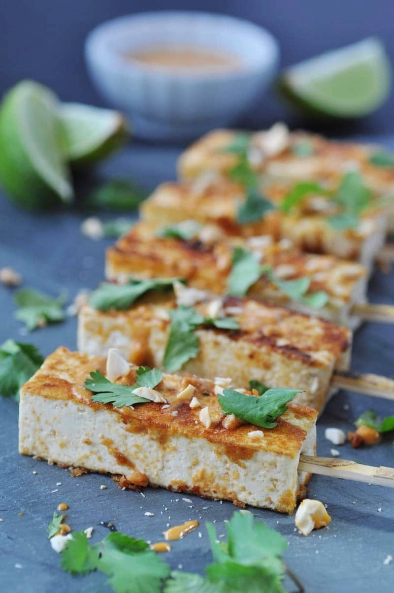 Vegan Peanut Sriracha Glazed Tofu Satay! An easy, quick, and healthy appetizer for your next get together.