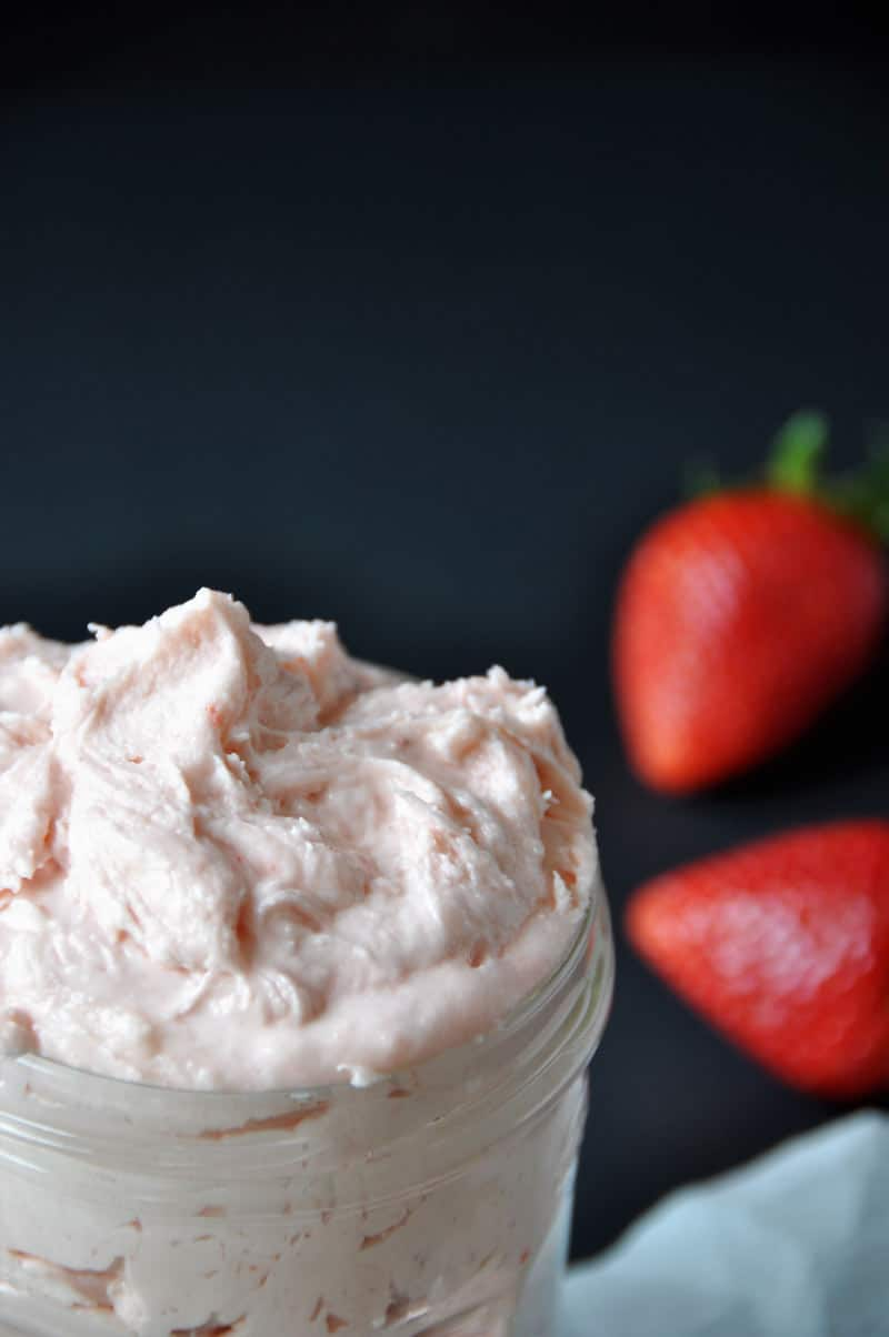 Strawberry Buttercream Frosting made with fresh strawberry puree. The best frosting for cakes and cupcakes!