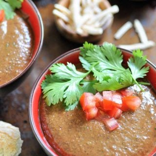 Simple and quick Cuban black bean soup. It's vegan!