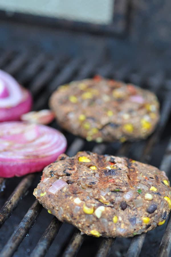 Black bean taco burgers that won't fall apart on the grill! Vegan and gluten-free!