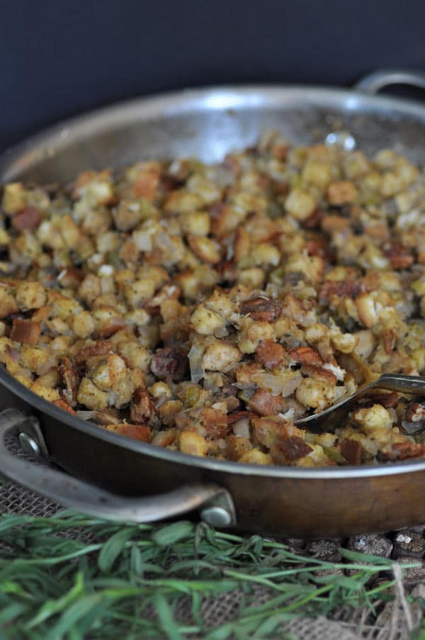 Make your own vegan stuffing with spiced pecans and tarragon this Thanksgiving. It's easy!