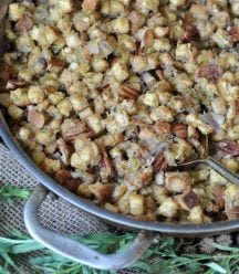 Easy to make and delicious homemade vegan stuffing with spiced pecans and fresh tarragon!