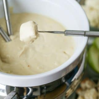 The Easiest and Cheesiest Vegan Fondue