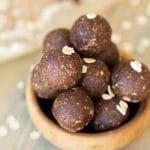 Healthy Chocolate Energy Balls