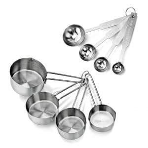 measuring spoons and measuring cups