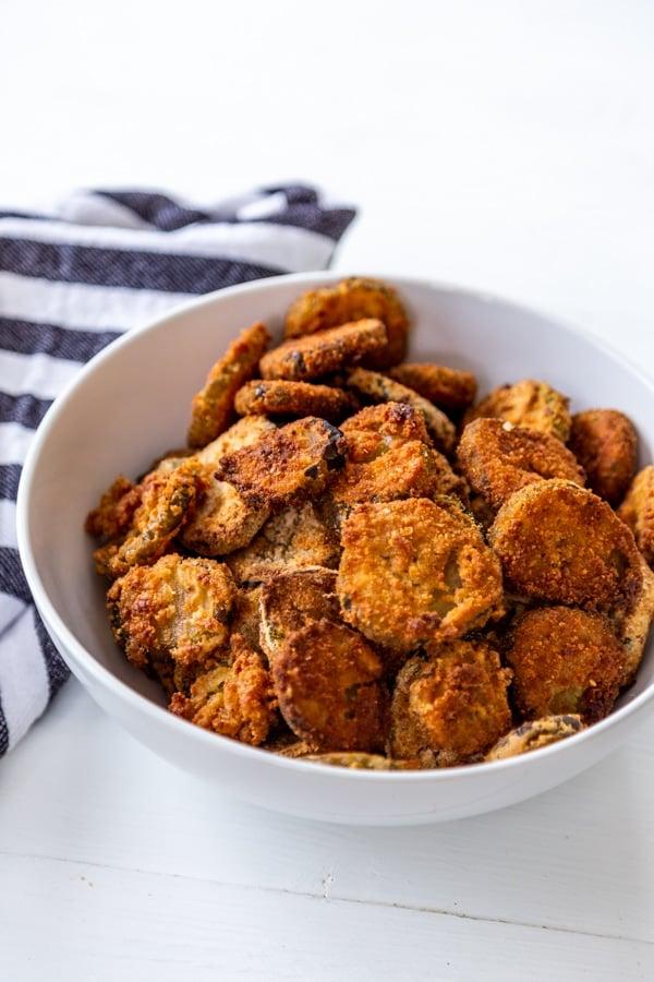 Crispy Deep Fried Or Air Fried Pickles Veganosity